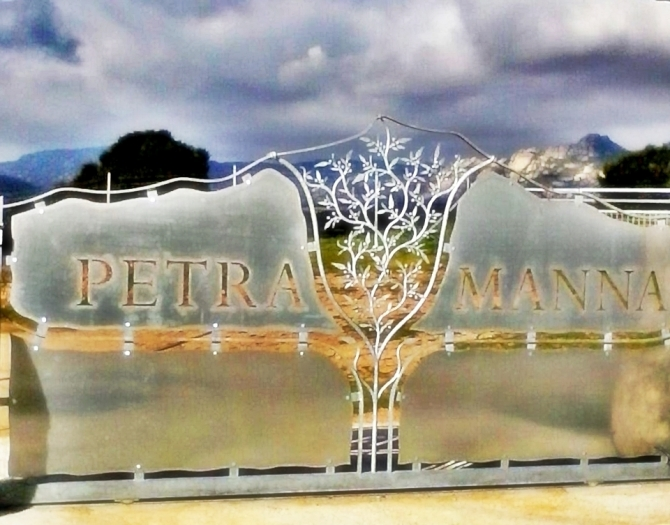 "MIRTO DI SARDEGNA "" PETRA MANNA "" - G&MOR GLOBAL TRADE WEB"